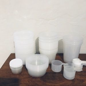 reusable plastic food storage containers
